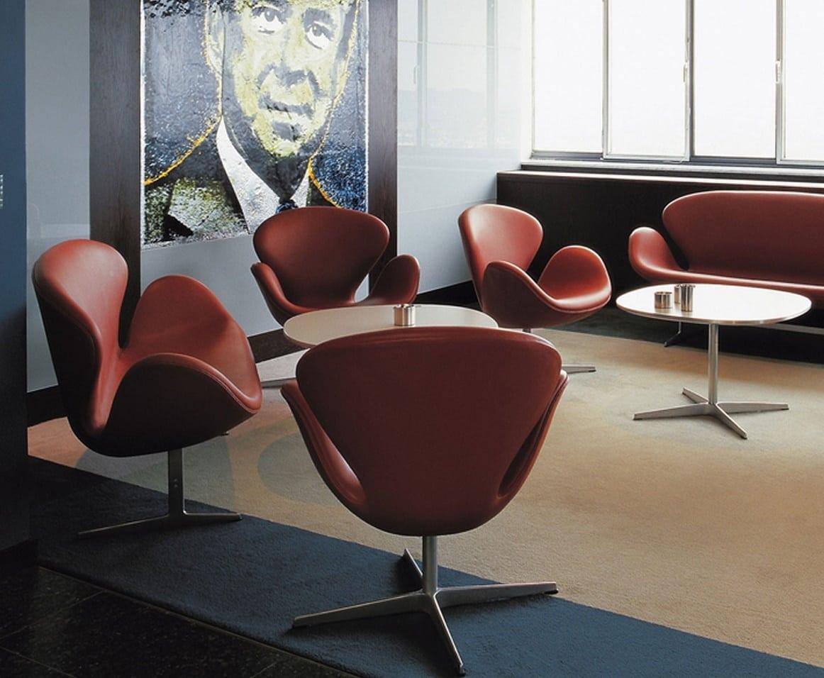 Swan Chair2