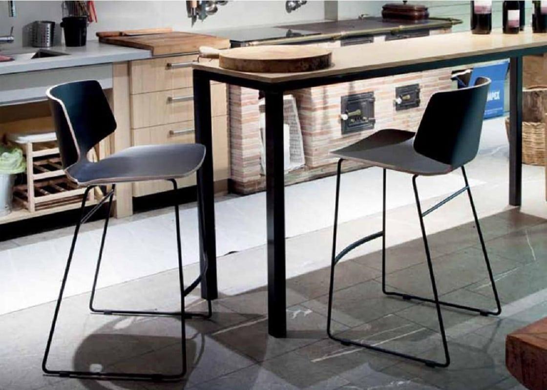 כסאות בר מעוצבים - עץ ומתכת